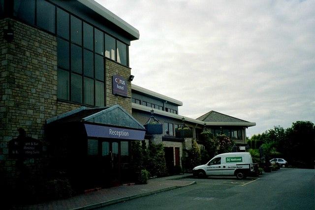 North Queensferry, Corus Hotel