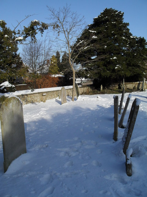 Snowy conditions in Havant Cemetery (3)
