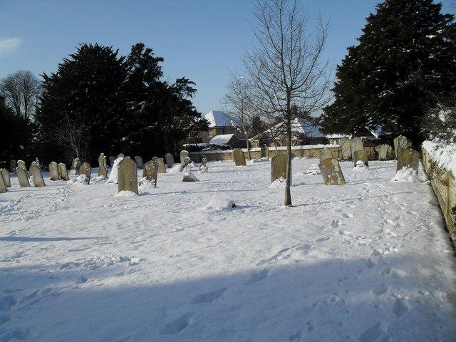 Snowy conditions in Havant Cemetery (5)