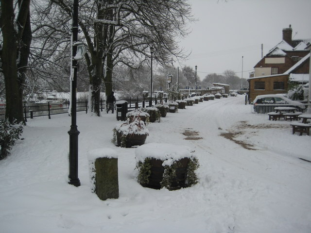 Snow covered river front, Upton-upon-Severn