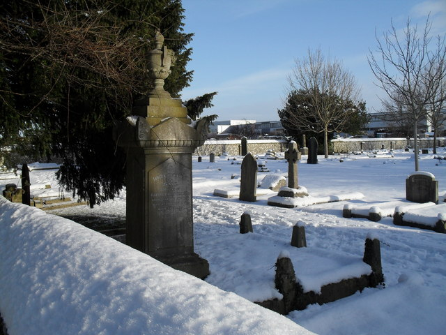 Snowy conditions in Havant Cemetery (8)