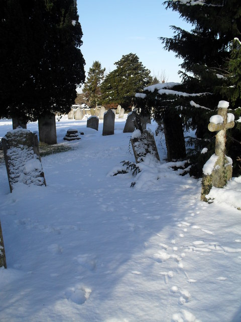 Snowy conditions in Havant Cemetery (9)