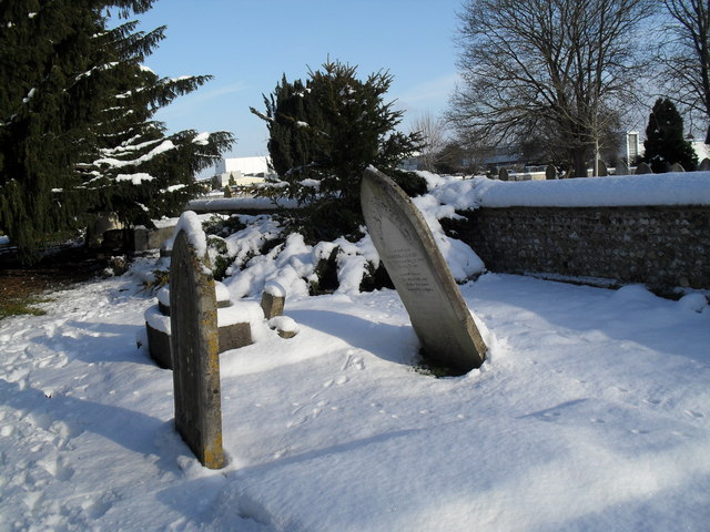 Snowy conditions in Havant Cemetery (10)