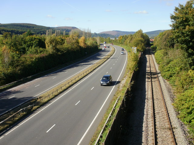 Looking northwest from Tregwilym Road bridge, Rogerstone