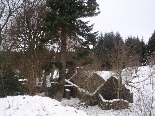 Snow covers the ruins of Laggan Lodge