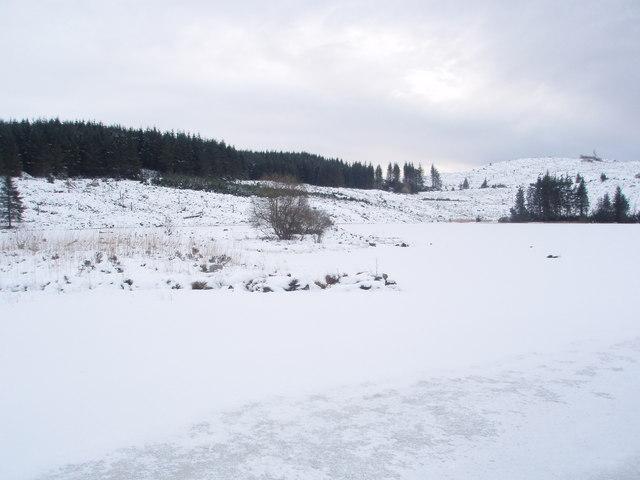 Frozen Loch Skae