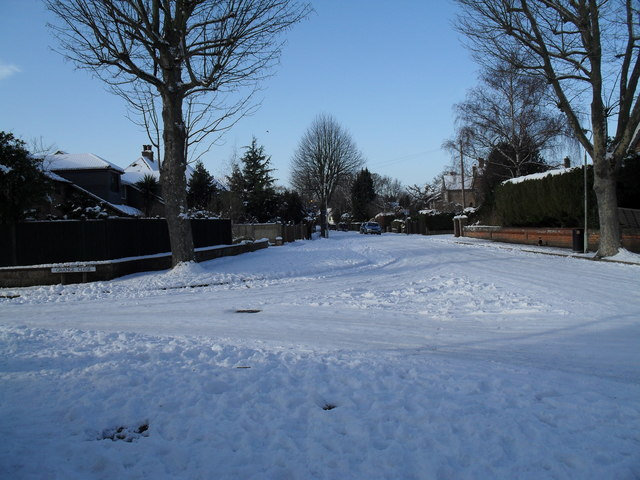 The snowy junction of Third Avenue and Grange Close