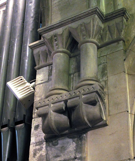 St Michael, Mickleham, Surrey - Stonework