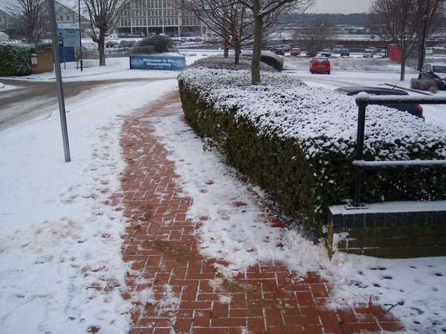 Gritted pavement on Brunel Way