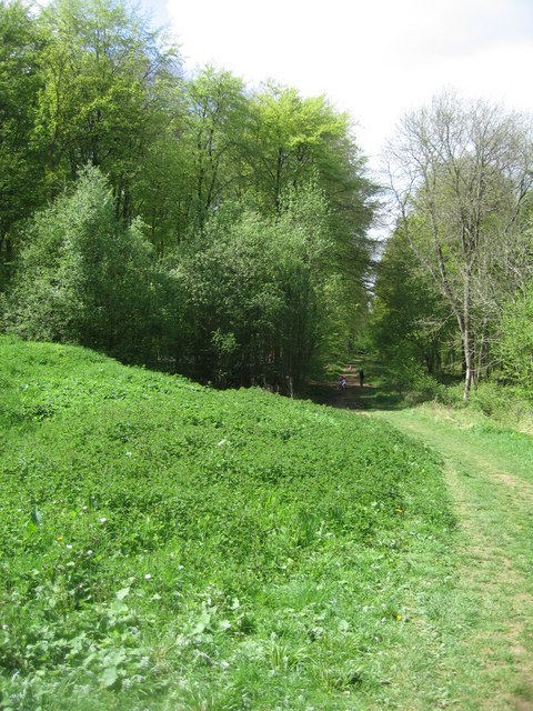 Early Bronze Age Burial Mound