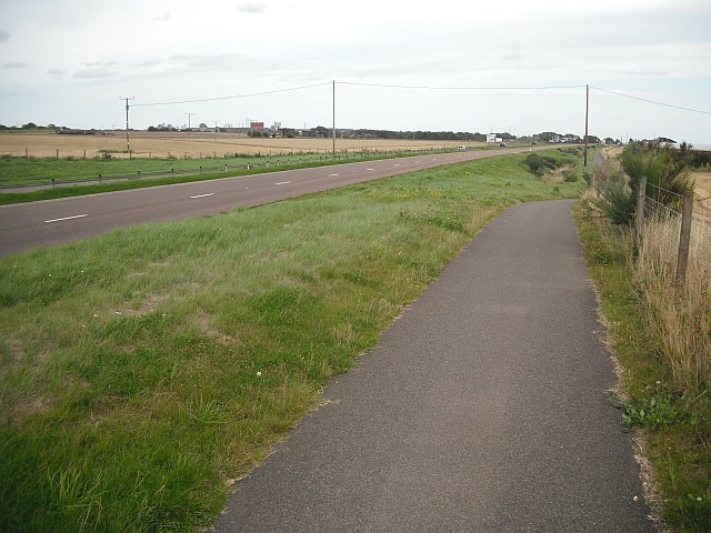 Cycle path beside the A92
