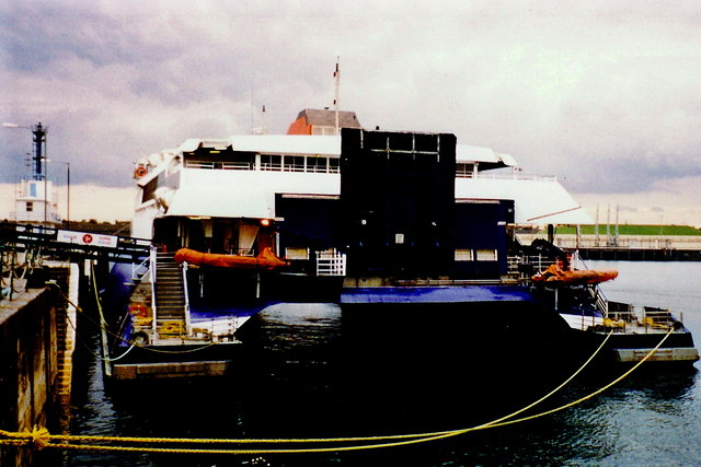 Douglas - Sea Cat at Victoria Pier - Rear view