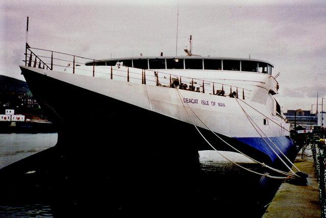 Douglas - Sea Cat at Victoria Pier - Front view