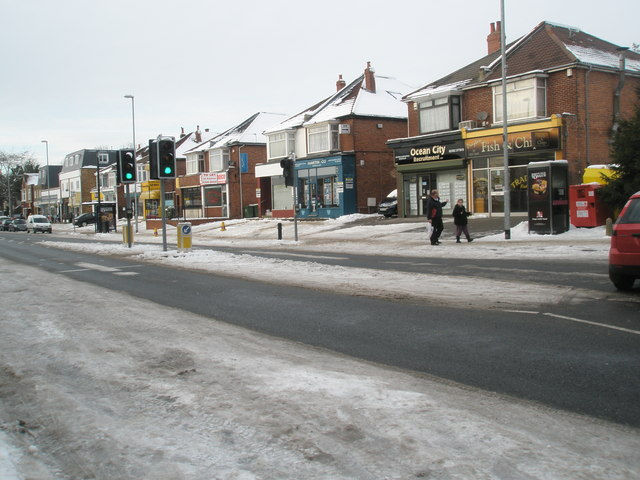 Looking towards the pedestrian crossing in Drayton