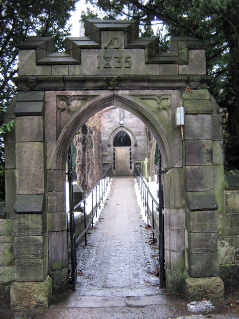 South gate, St Lawrence's Church