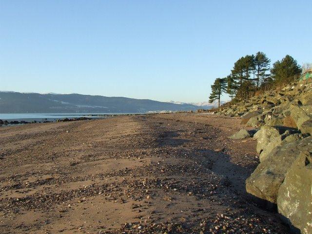 Inverkip beach