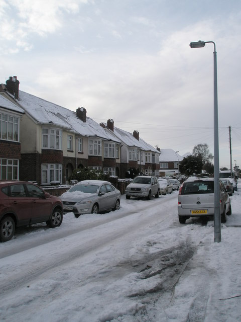 Lamppost in a snowy Dysart Avenue