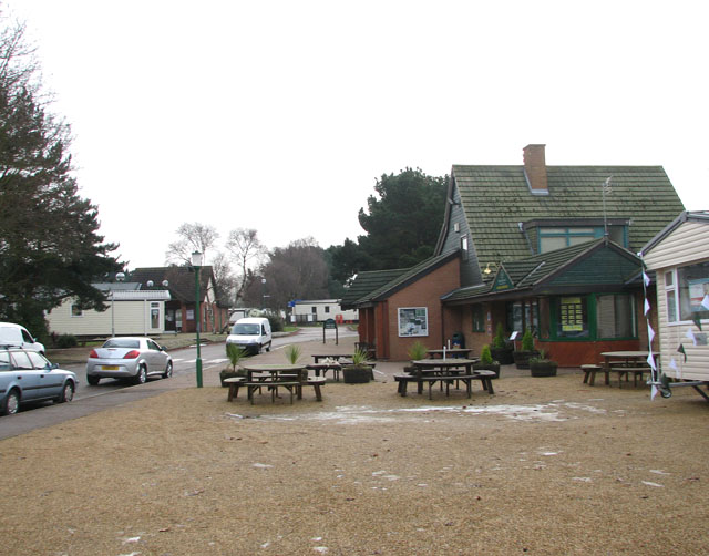 Wild Duck (Haven) holiday park - site office and pub