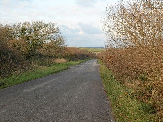 Road across Retire Common