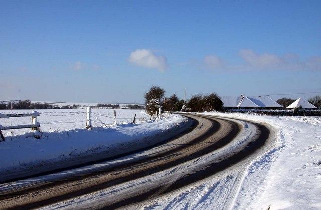 Blewbury Road by Tadley Lodge