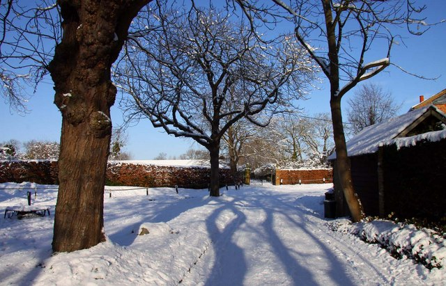 The way to Blewbury Manor