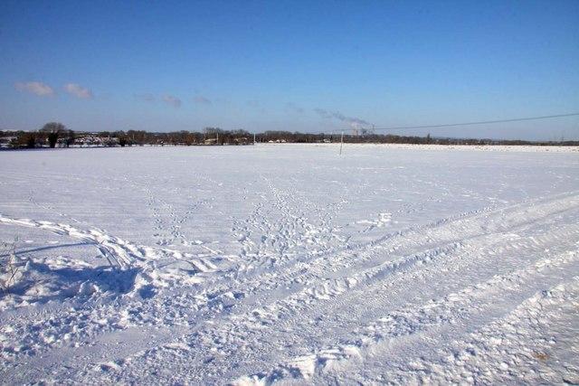 Snow covered farmland at Blewbury