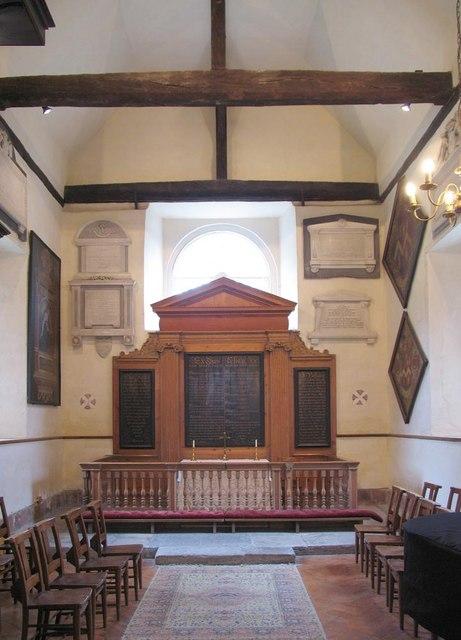 St George, Esher, Surrey - Chancel