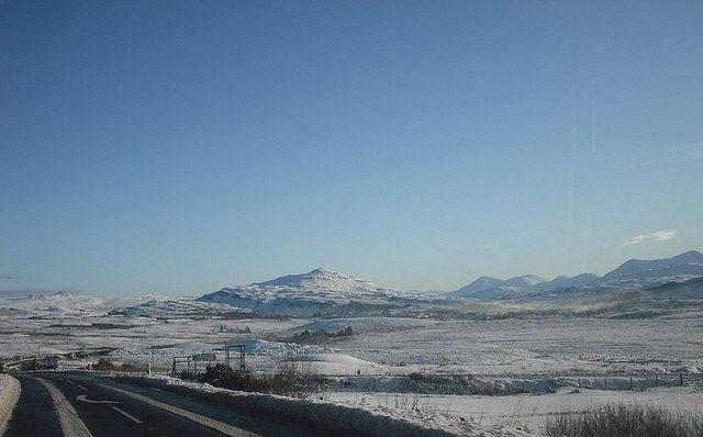 A87 approaching Portree, in winter