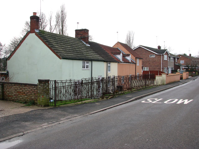 Cottages in Station Road South