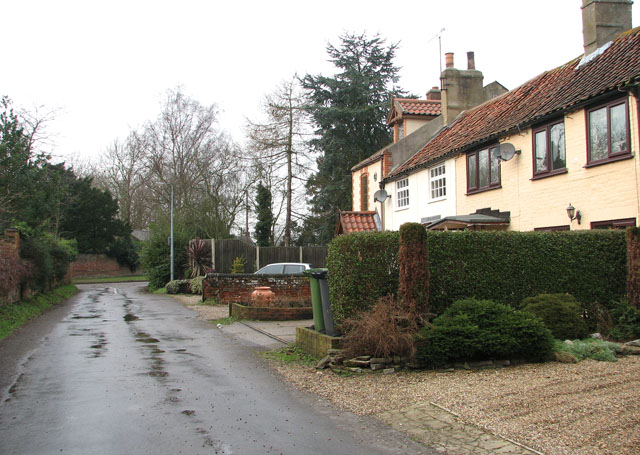 Approaching Bracon Road from The Green