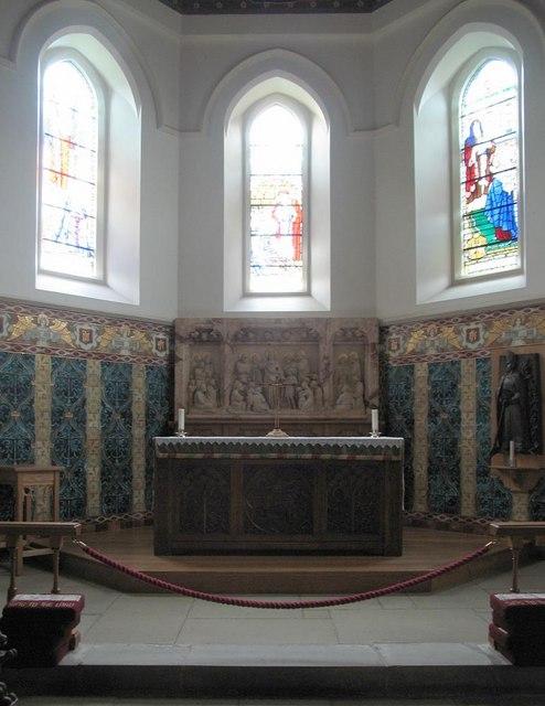 St Dunstan, Cheam - Sanctuary