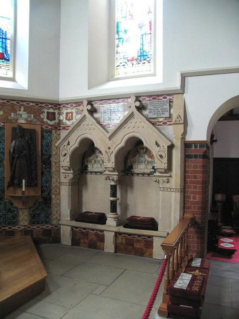 St Dunstan, Cheam - Sedilia