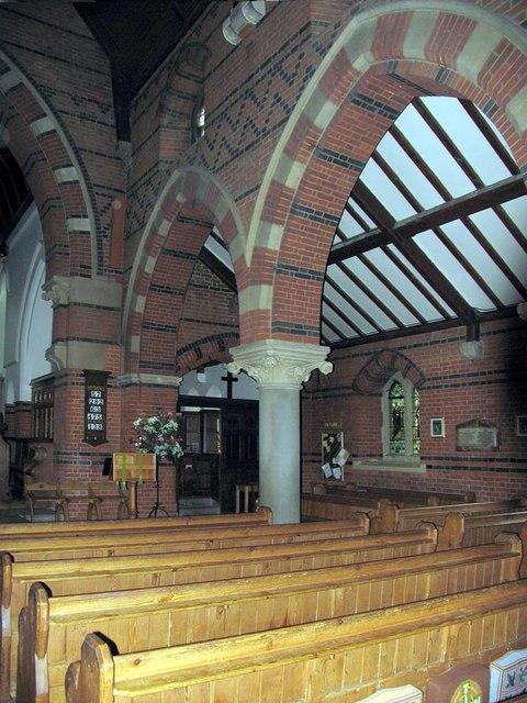 St Dunstan, Cheam - Arcade