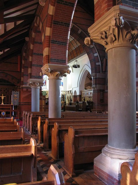 St Dunstan, Cheam - Interior