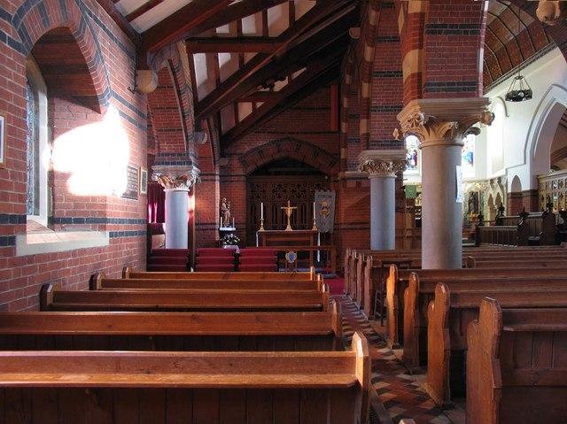 St Dunstan, Cheam - North aisle