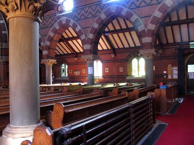 St Dunstan, Cheam - Interior