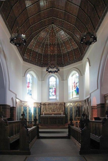 St Dunstan, Cheam - Chancel