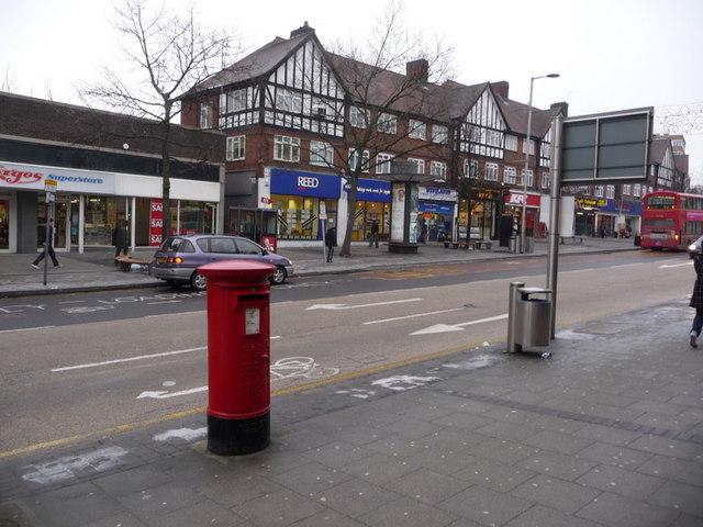 Wembley: postbox № HA9 54, High Road