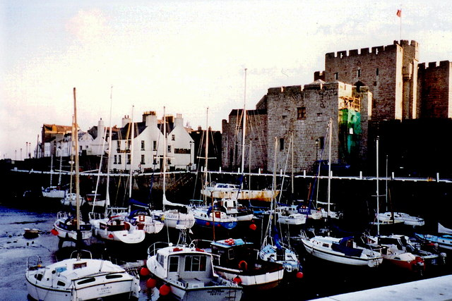 Castletown - View of quay from Bank St and Victoria St