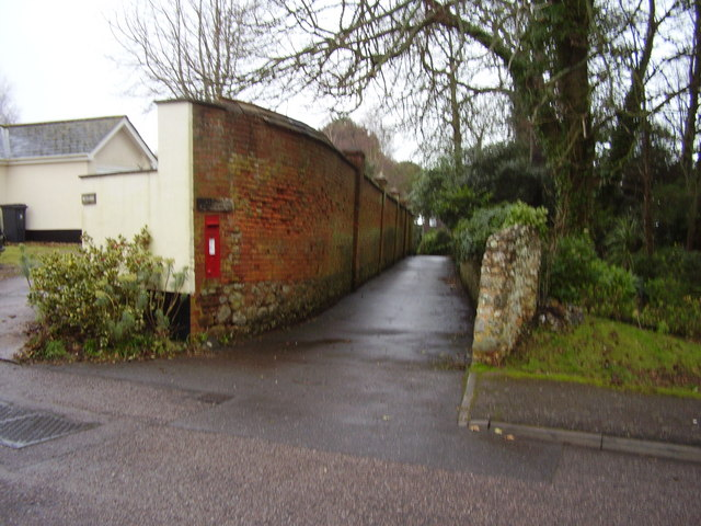 Cunninghams Lane