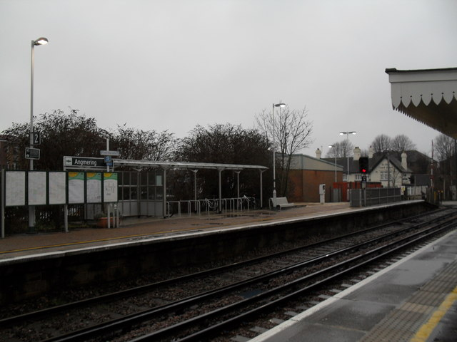 Looking from the eastward bound  to the westward bound platform