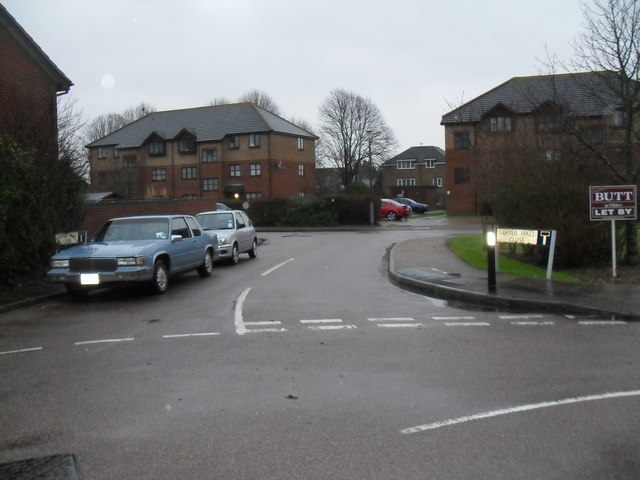 Looking from Ascot Way into Copper Hall Close