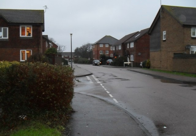 Approaching the junction of  Ascot Way and Dawtrey Close
