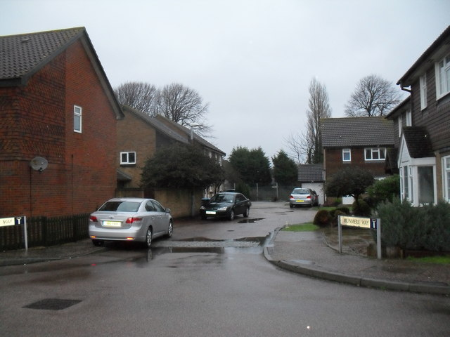 Looking from Ascot Way into Munmere Way