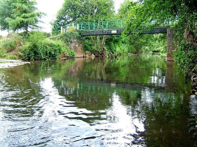 River Rea and footbridge
