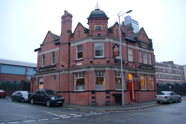 The Crown & Cushion, Corporation Street