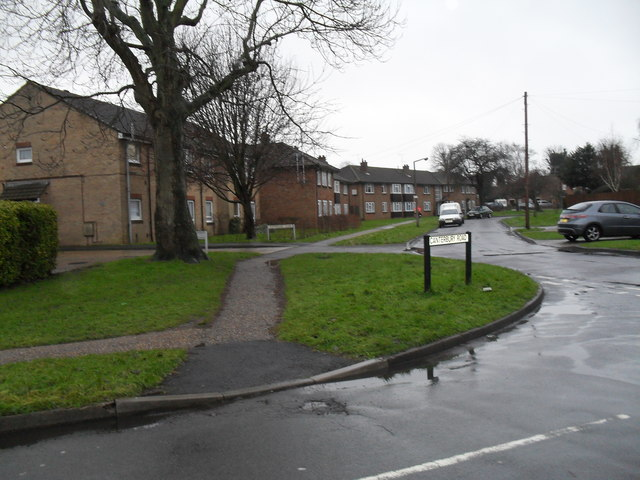 Looking from Canterbury Road towards  the junction of Allangate Drive and Richmond Close