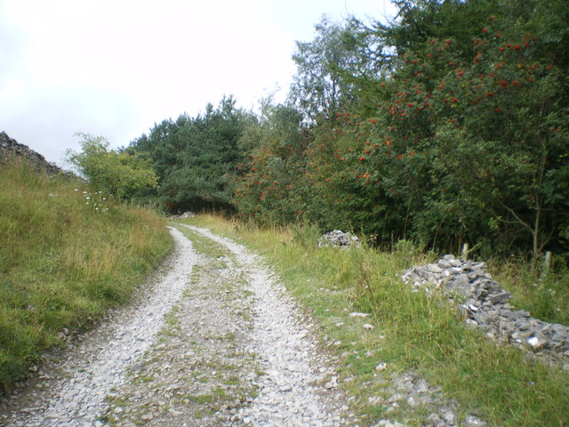 Track from Thornton Rust village - Wensleydale