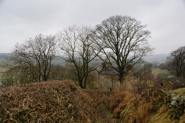 Path down into Brund