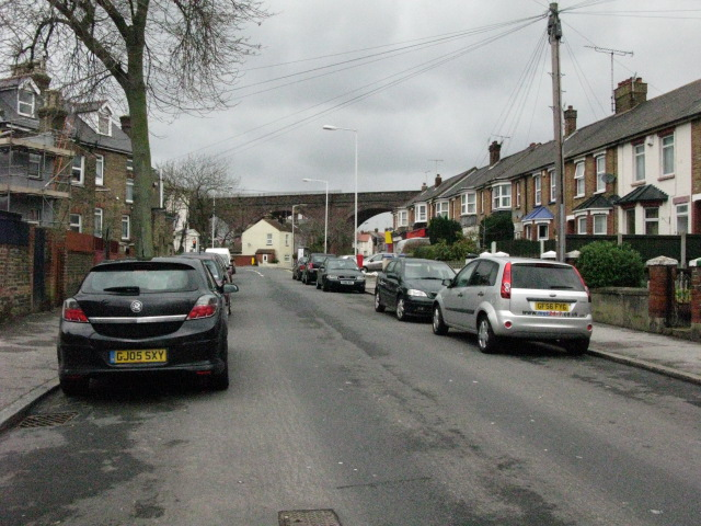 View along St Luke's Avenue to junction with Margate Road